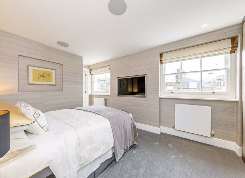 Properties for sale in Chester Street - SW1X 7BL view6