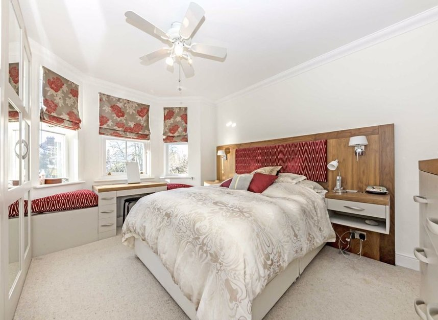 Properties for sale in Chestnut Avenue - TW12 2NY view6
