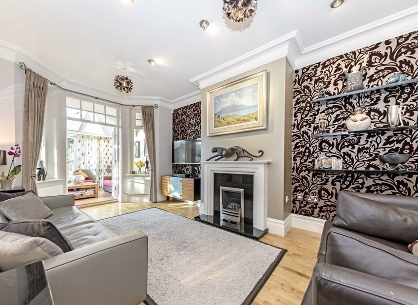 Properties for sale in Chestnut Avenue - TW12 2NY view2