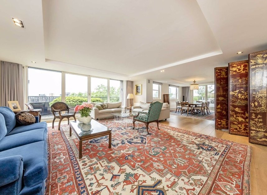 Properties for sale in Cheyne Walk - SW3 5HN view5