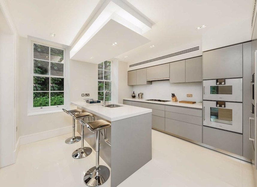 Properties for sale in Cholmeley Park - N6 5AD view6