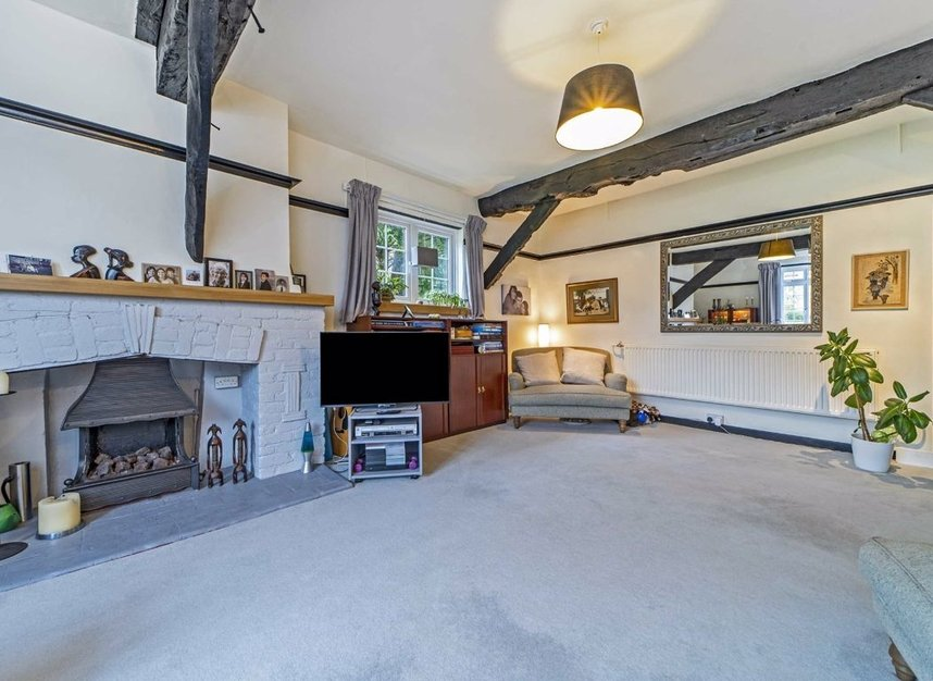 Properties for sale in Church Road - TW7 4PH view10
