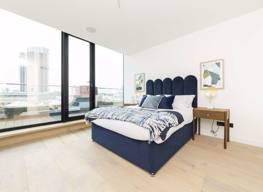 Properties for sale in City Road - EC1V 2QH view3