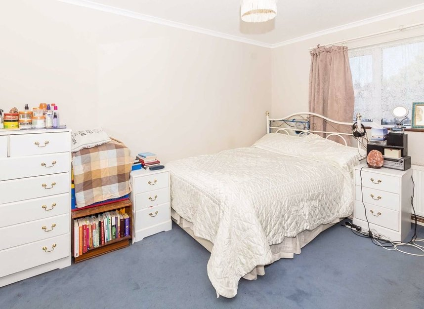 Properties for sale in Clare Road - TW4 7AT view5