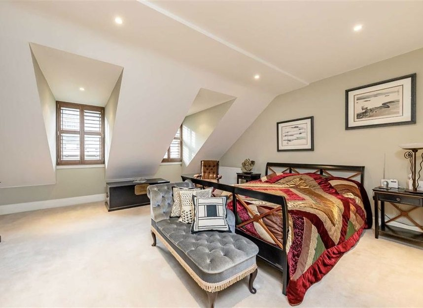 Properties sold in Conduit Mews - W2 3RE view5