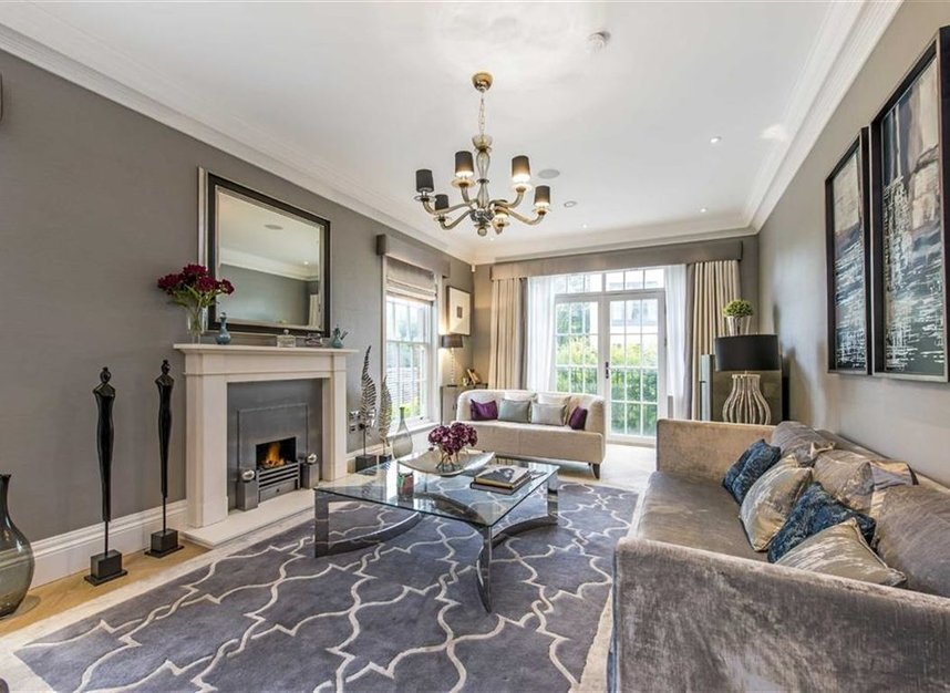 Properties for sale in Copse Hill - SW20 0NJ view2