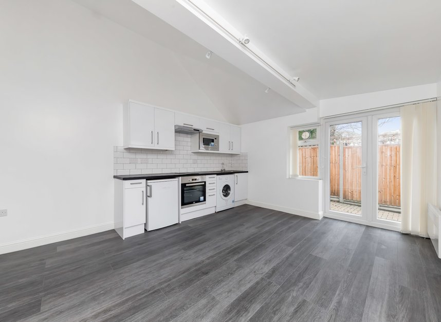 Properties for sale in Craven Park - NW10 8SR view4