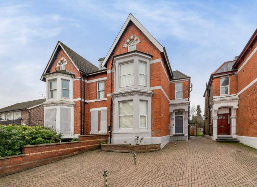 Properties for sale in Craven Park - NW10 8SR view1