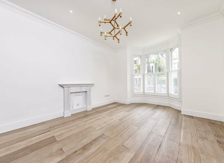 Properties for sale in Cromwell Grove - W6 7RG view2