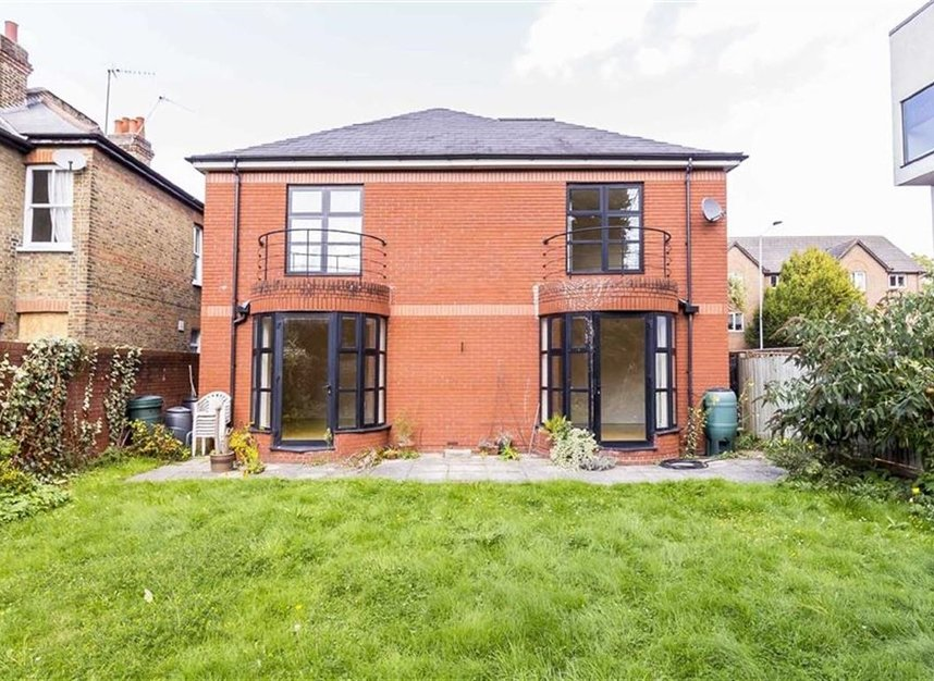 house for sale in cromwell road kingston upon thames kt2 dexters