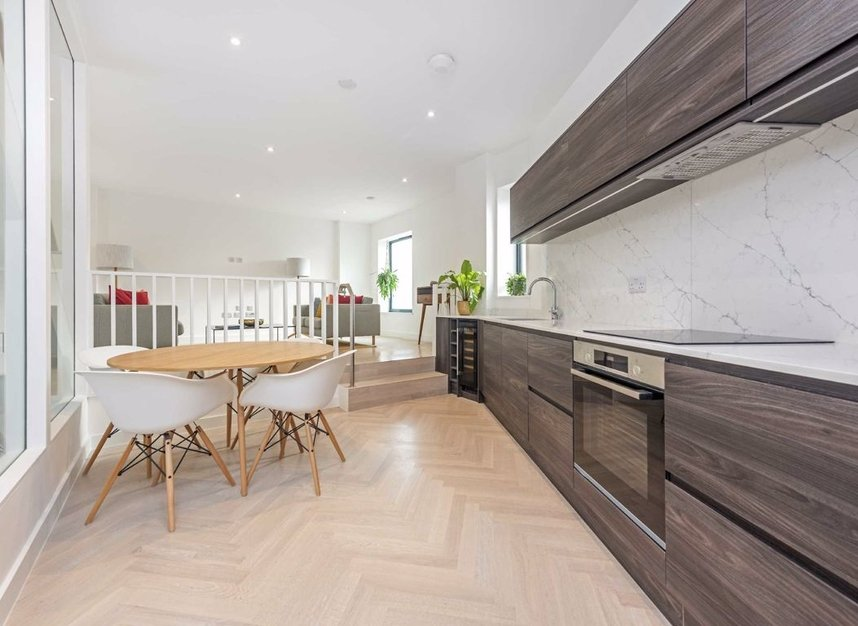 Properties for sale in Crown Street - W3 8SB view3