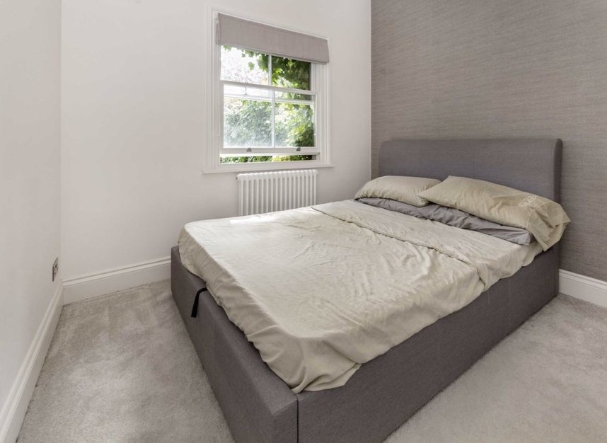 Properties for sale in Disraeli Road - SW15 2DX view4