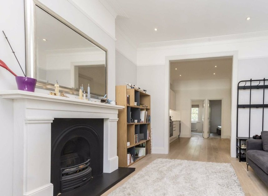Properties for sale in Disraeli Road - SW15 2DX view2