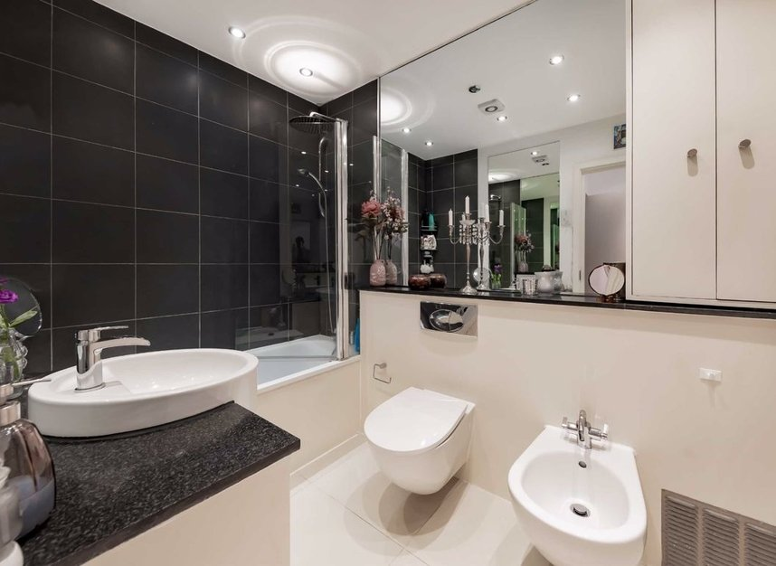 Properties for sale in Dundonald Road - NW10 3HR view8
