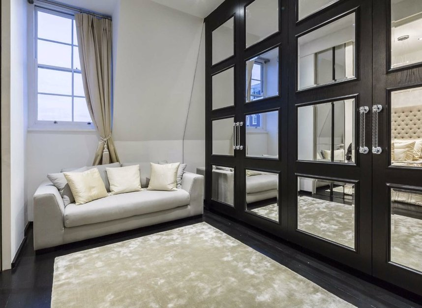 Properties for sale in Dunraven Street - W1K 7EG view5