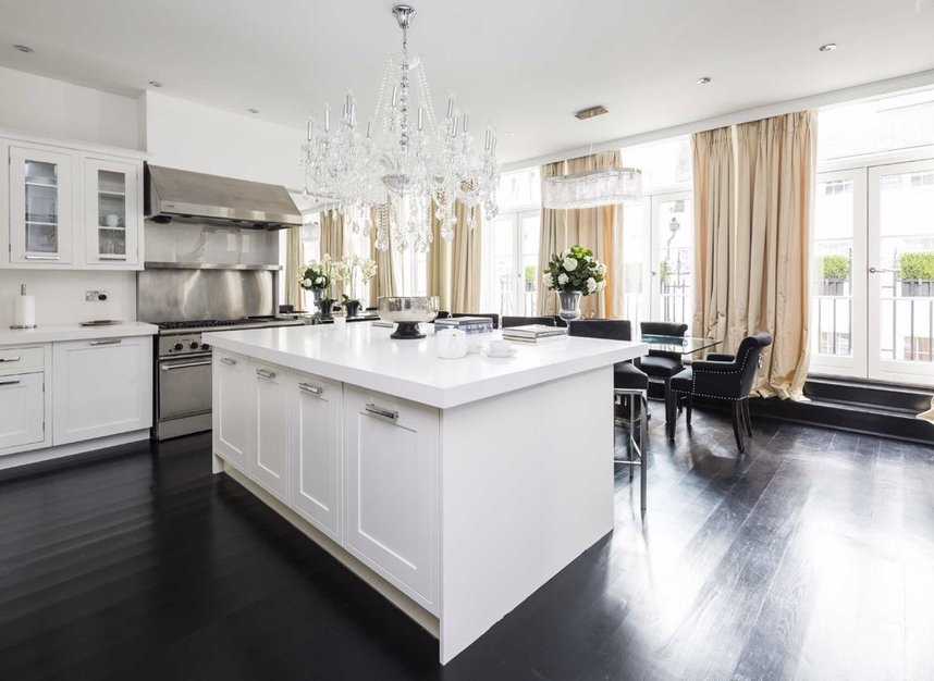 Properties for sale in Dunraven Street - W1K 7EG view3