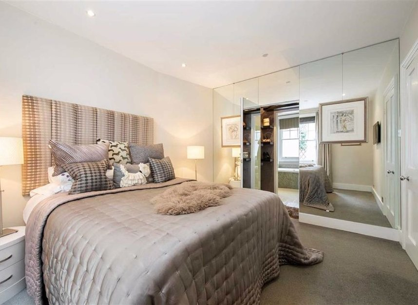 Properties for sale in Dunstable Mews - W1G 6BT view7