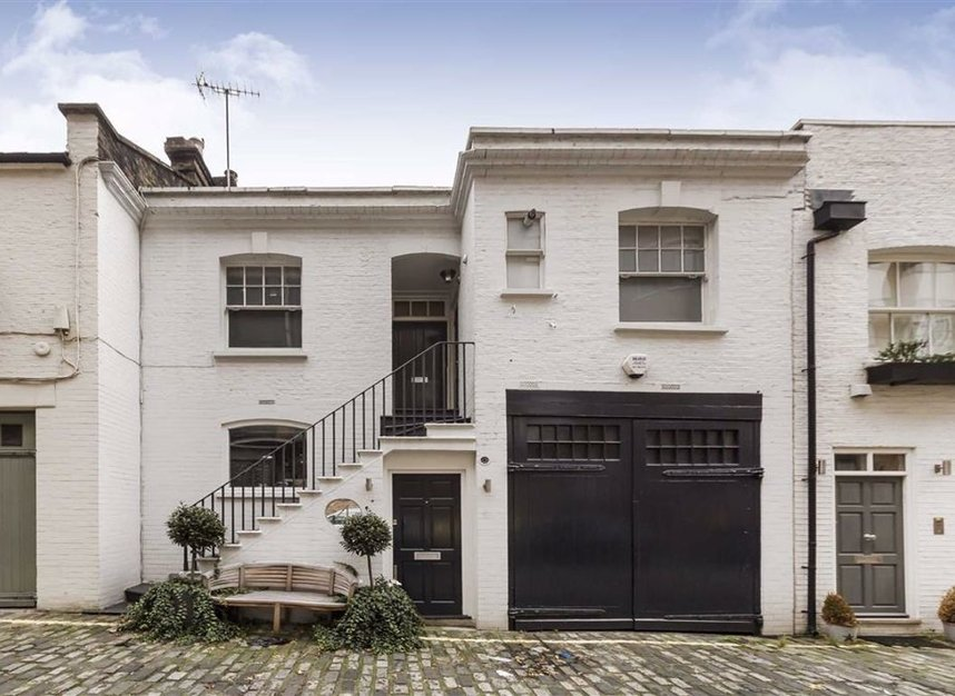 Properties for sale in Dunstable Mews - W1G 6BT view1
