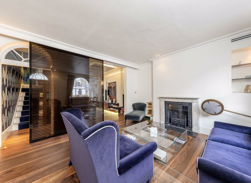 Properties for sale in Eaton Terrace - SW1W 8TP view2