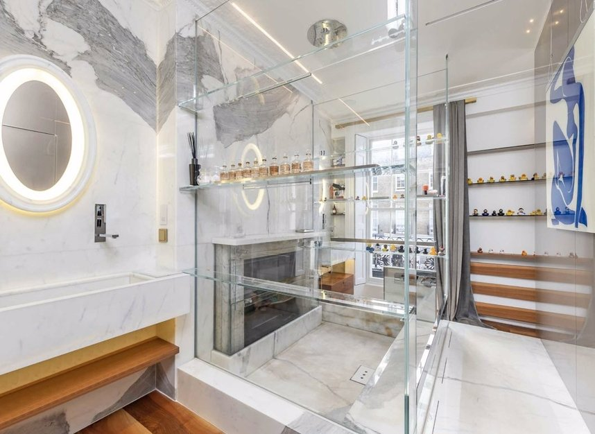 Properties for sale in Eaton Terrace - SW1W 8TP view7