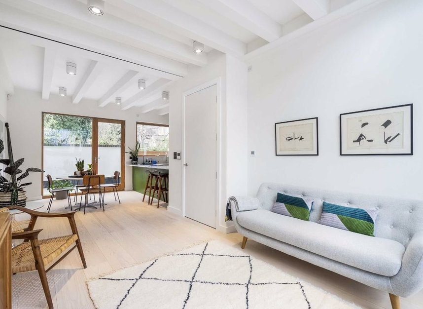Properties for sale in Edenbridge Road - E9 7DR view2