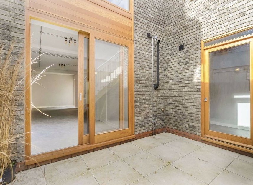 Properties for sale in Edenbridge Road - E9 7DR view10