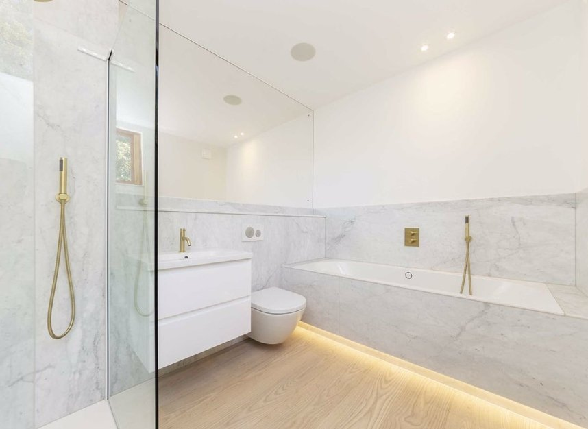 Properties for sale in Edenbridge Road - E9 7DR view11