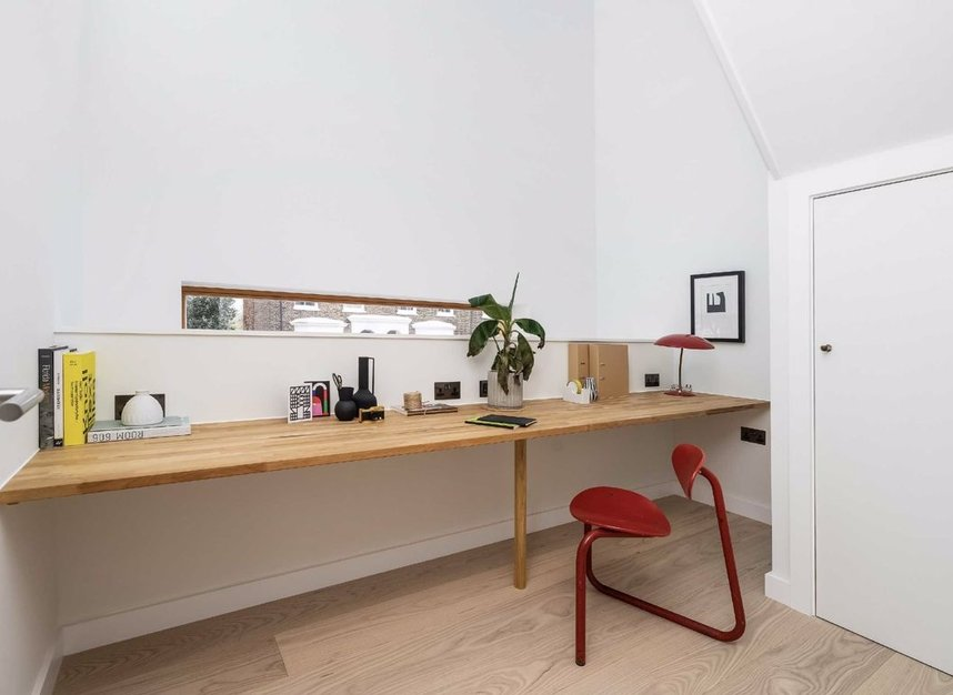 Properties for sale in Edenbridge Road - E9 7DR view7