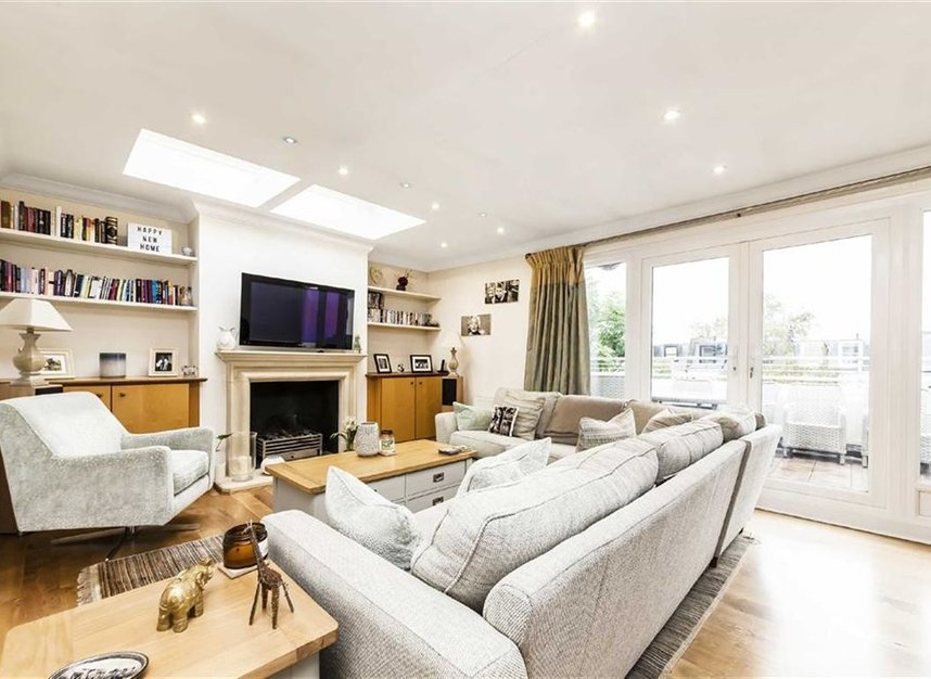 Flat For Sale In Elsham Road London W14 Dexters