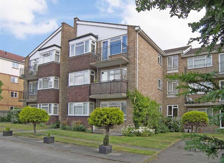 Properties for sale in Galsworthy Road - KT2 7BL view1