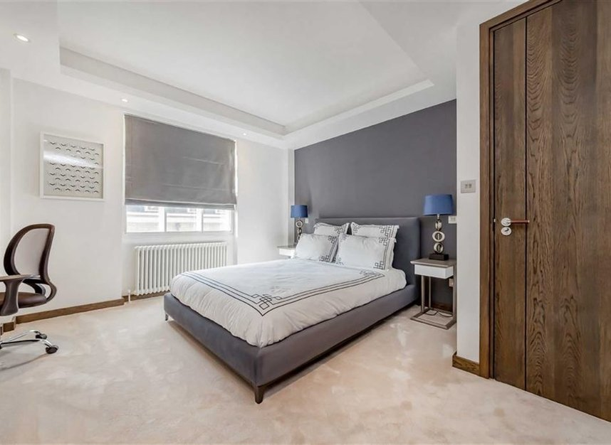 Properties for sale in George Street - W1H 5LG view8