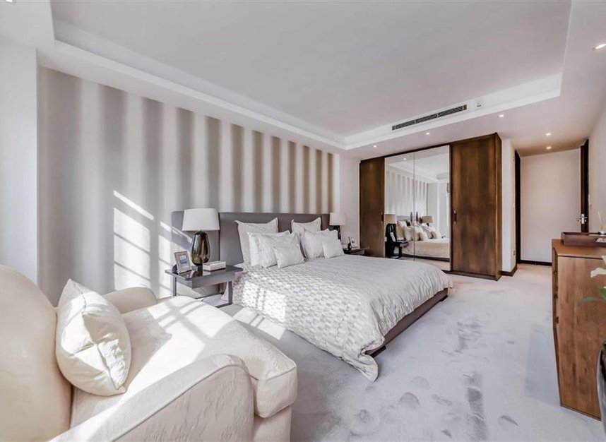 Properties for sale in George Street - W1H 5LG view7