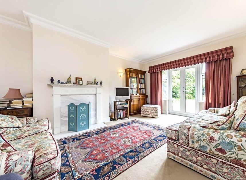 Properties for sale in Gloucester Road - TW12 2UQ view2