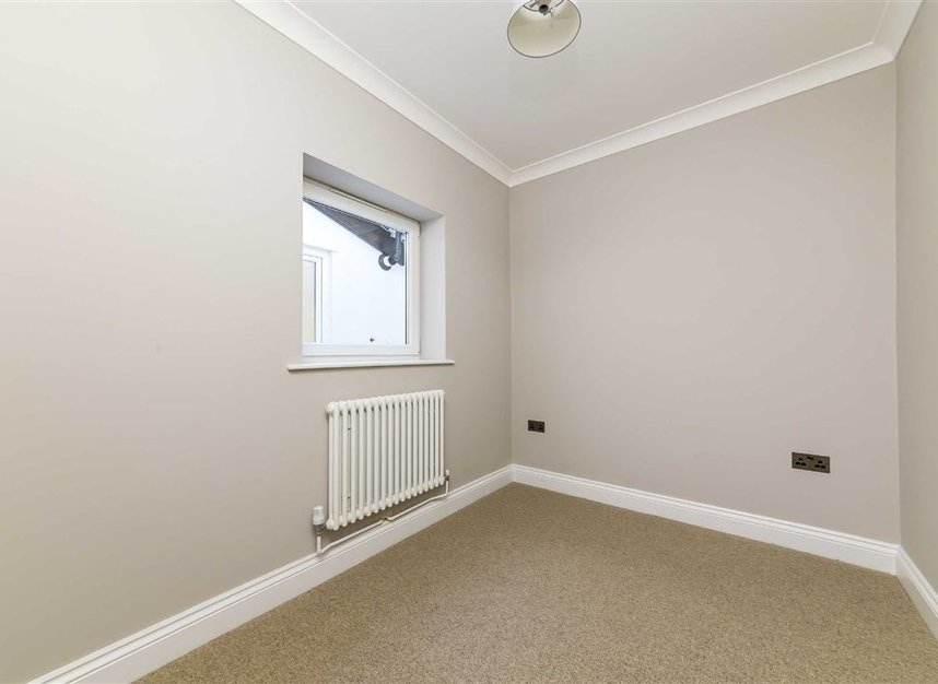Properties sold in Gowrie Road - SW11 5NR view8