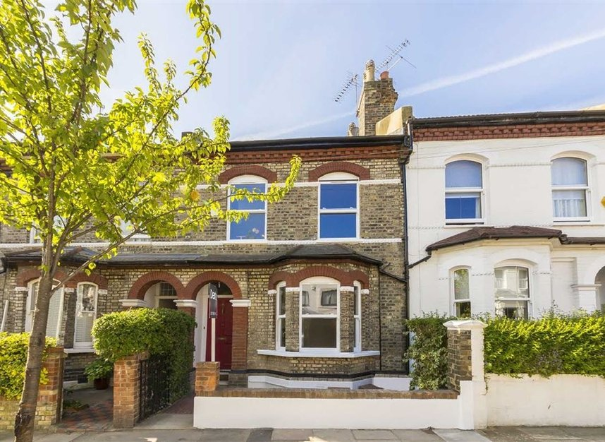 Properties sold in Gowrie Road - SW11 5NR view1