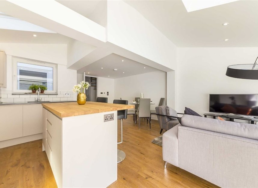 Properties sold in Gowrie Road - SW11 5NR view6