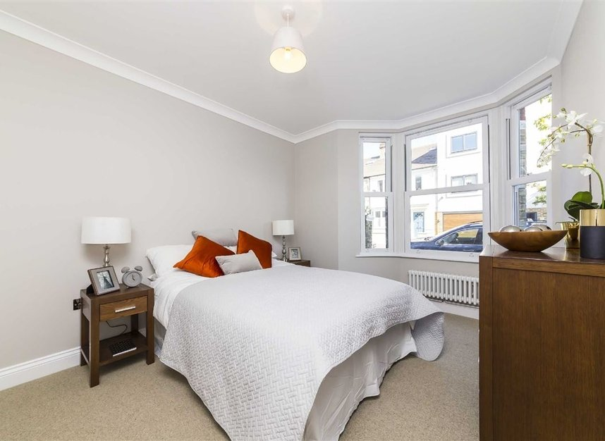 Properties sold in Gowrie Road - SW11 5NR view3