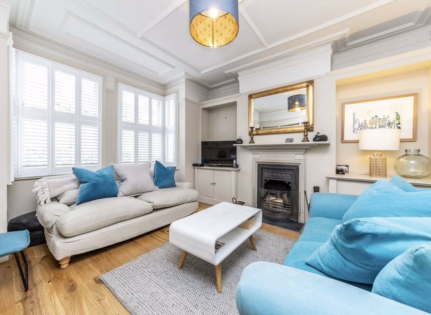 Properties sold in Graham Road - W4 5DR view2