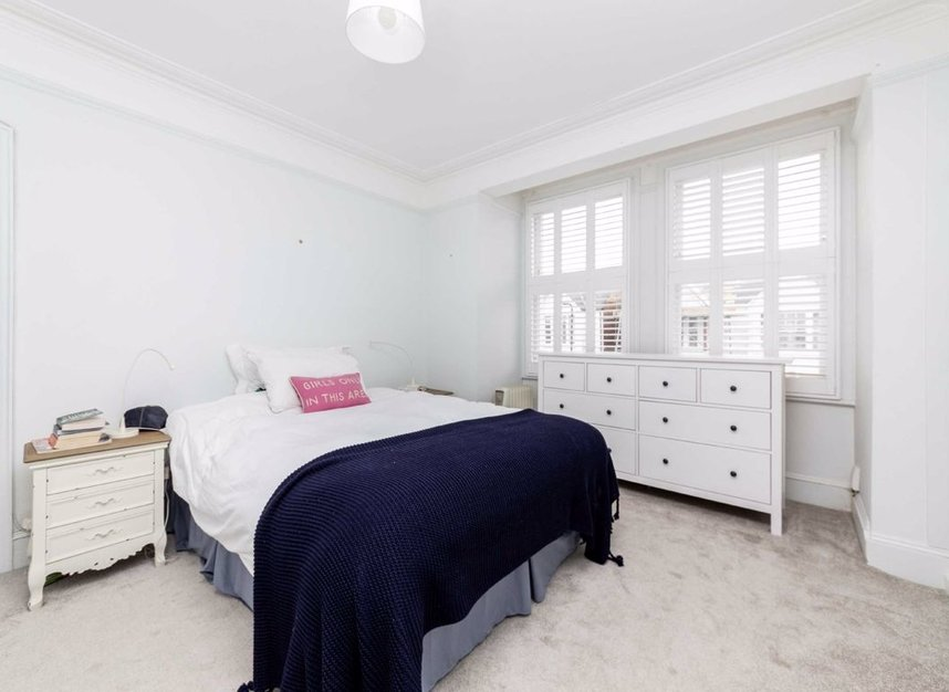 Properties sold in Graham Road - W4 5DR view6