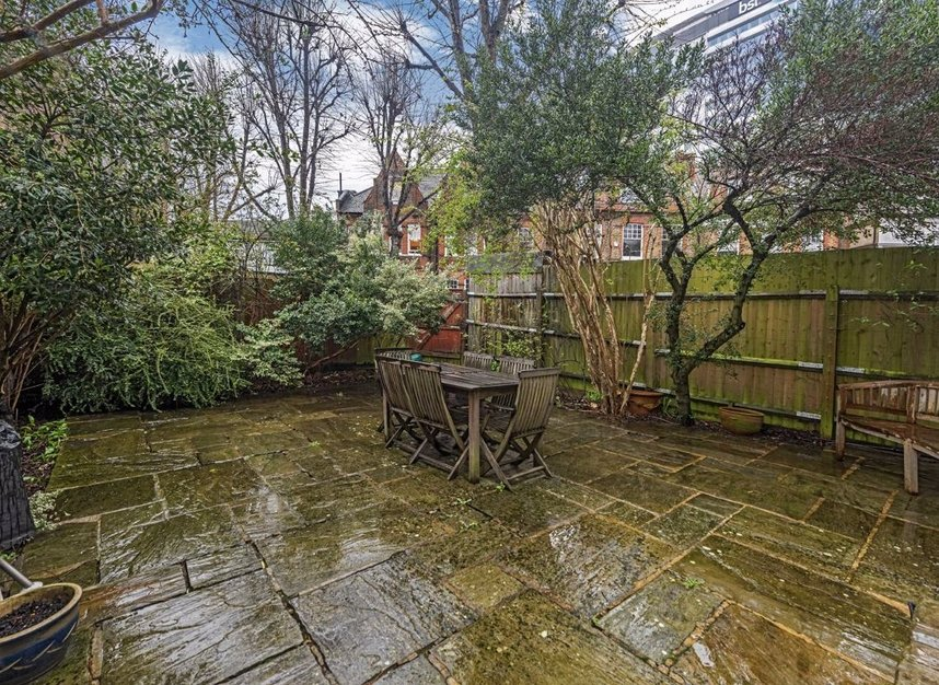 Properties for sale in Grange Road - W4 4DB view8