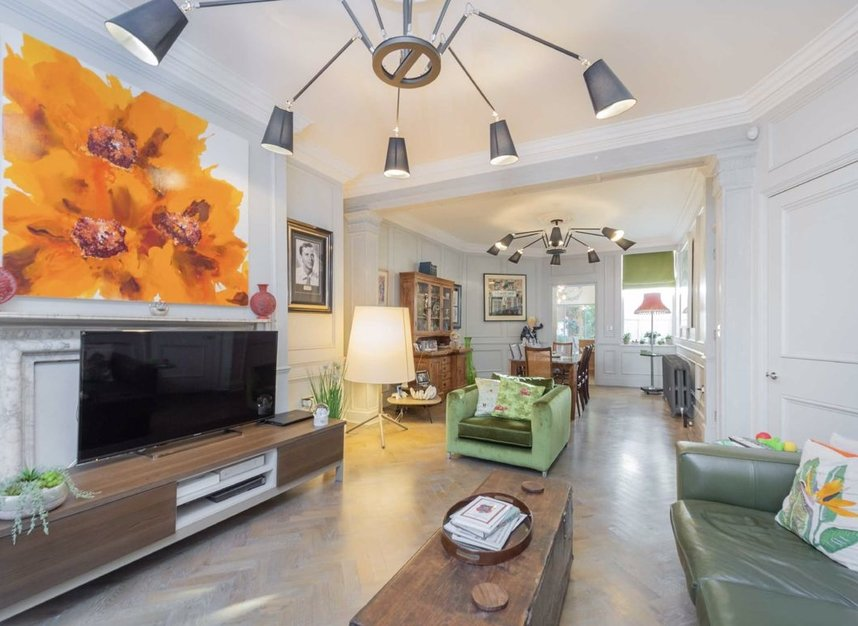 Properties for sale in Great Ormond Street - WC1N 3HZ view3