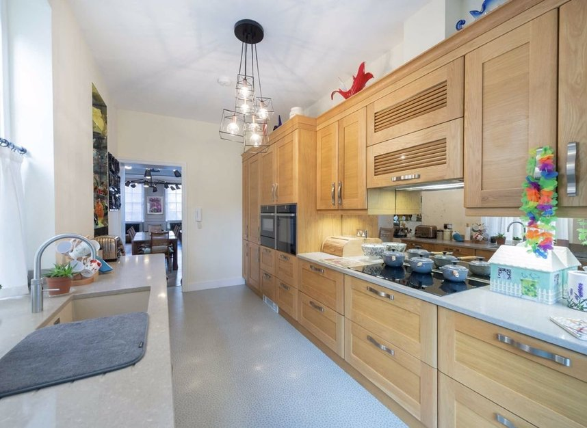 Properties for sale in Great Ormond Street - WC1N 3HZ view6