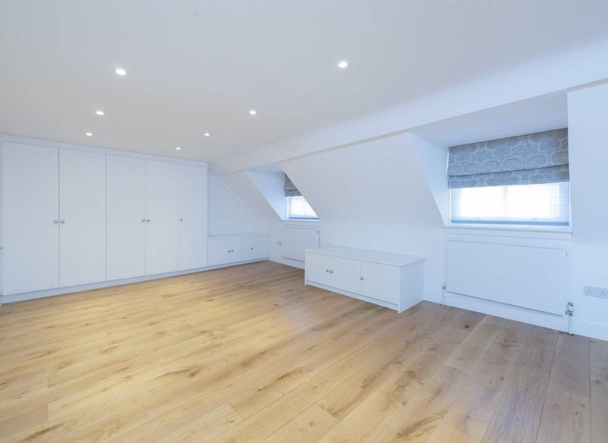 Properties for sale in Great Ormond Street - WC1N 3HZ view13