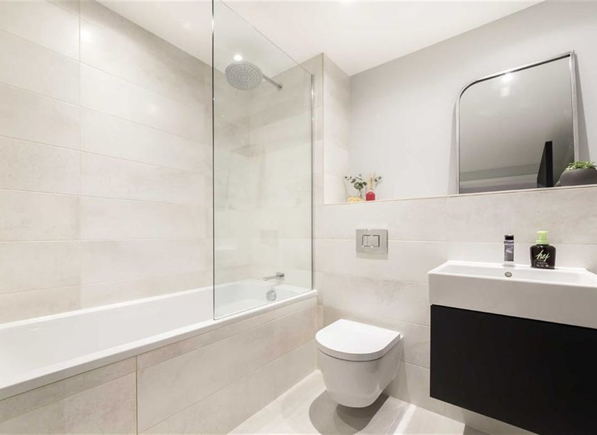 Properties for sale in Harrow Road - NW10 5NY view7