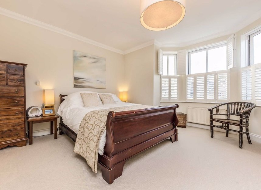 Properties for sale in High Street - TW12 2ST view8