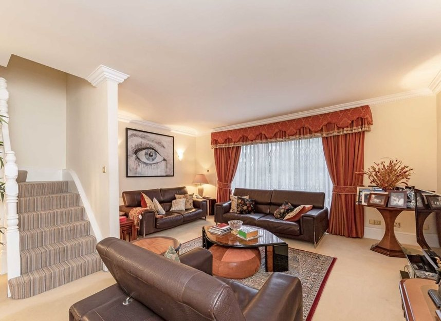 Properties for sale in Hilgrove Road - NW6 4TH view2