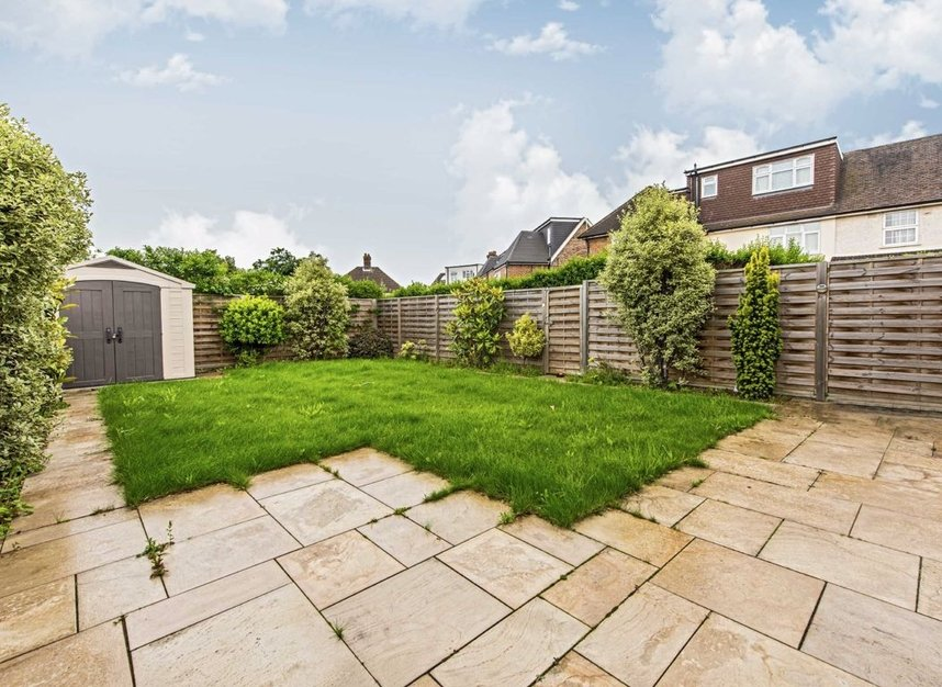 Properties for sale in Howard Close - W3 0JY view9