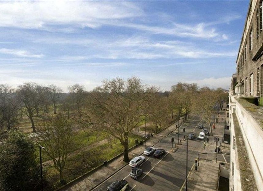 Properties for sale in Hyde Park Place - W2 2LF view11