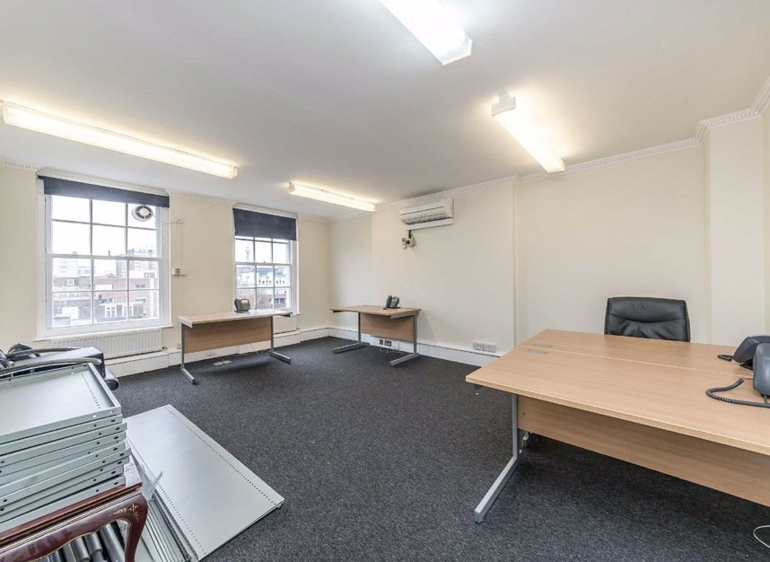 Properties for sale in John Street - WC1N 2BX view5