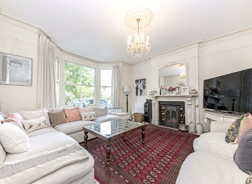 Properties for sale in Kent Road - KT8 9JZ view3